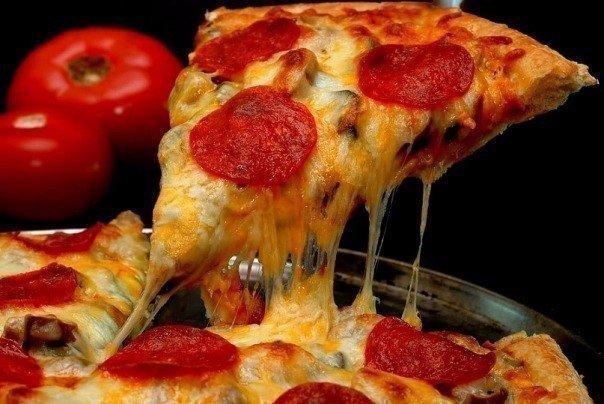 ТОП-9 рецептов вкусной, сытной, ароматной пиццы!