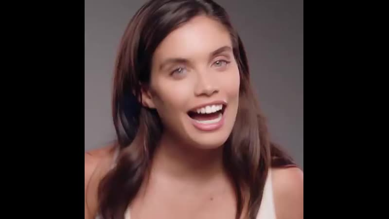 Perfect for a natural day look, @sarasampaio wears LUMINOUS SILK foundation for ( 750 X 750 ).mp4