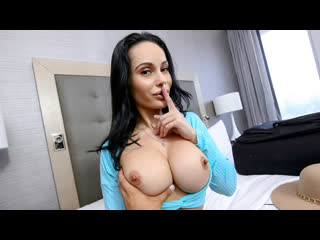 [pervmom] crystal rush sexy stepmom travels newporn2019