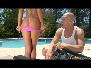 Лысый из бразерс johnny sins трахает diana doll [1080p,brazzers,porno,sex,порно,секс,минет,отсос]