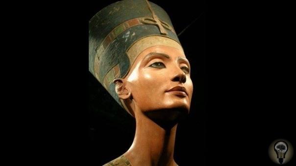 ЕГИПЕТСКАЯ КРАСОТКА И ПРОГРЕССИВНЫЙ ПРАВИТЕЛЬ: 5 НЕБАНАЛЬНЫХ ФАКТОВ О НЕФЕРТИТИ . Нефертити считается символом идеальной женской красоты своего времени. И эти каноны вполне оправданы и в наши