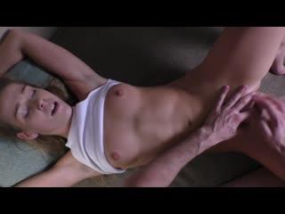 Невероятный оргазм с криками и судорогами/секс/порно/домашнее/минет/porn/alexis crystal/18+