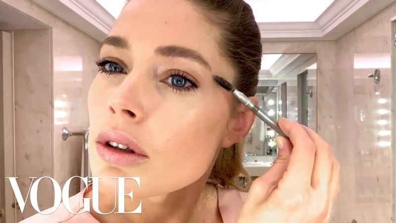 Supermodel Doutzen Kroes's Guide to Age-Defying Glow | Beauty Secrets | Vogue
