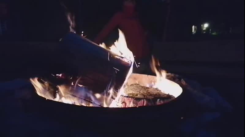 огонь лучше любого ящика, в нем каждый видит своё