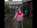 Деревенский отжог 😀😂🤣😁 батя зажигает😆😆 танец с ведрами 🗑🗑🗑 помог малой😁🤣🤣😎😎😎