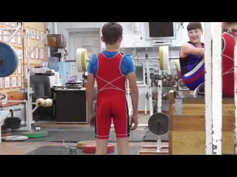 Шумихин Артур, вк 35 кг, 13 лет Прыжки в длину