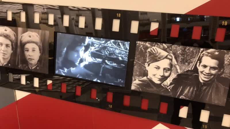Выставка «Война: день за днем». Снайперы Н.Ковшова и М.Поливанова.