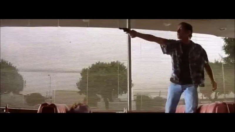 Everybody be cool this is a Robbery! (Pulp Fiction)