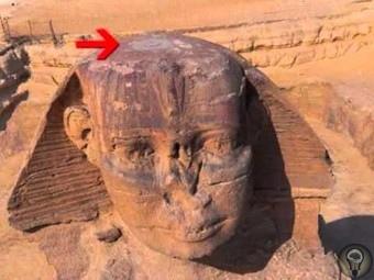Что находится внутри Сфинкса О том, что существуют тоннели ведущие внутрь Сфинкса на плато Гизы в Египте известно давно и есть фотографии доказывающие их существование, но по какой-то причине