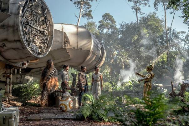 Главные герои девятого эпизода «Звездных войн» на новом кадре из фильма