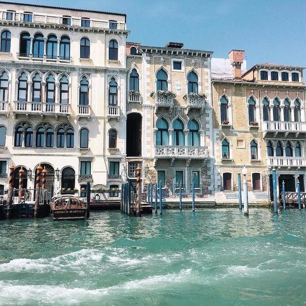 ПРЯМЫЕ рейсы в Венецию за 7200 туда-обратно из Москвы