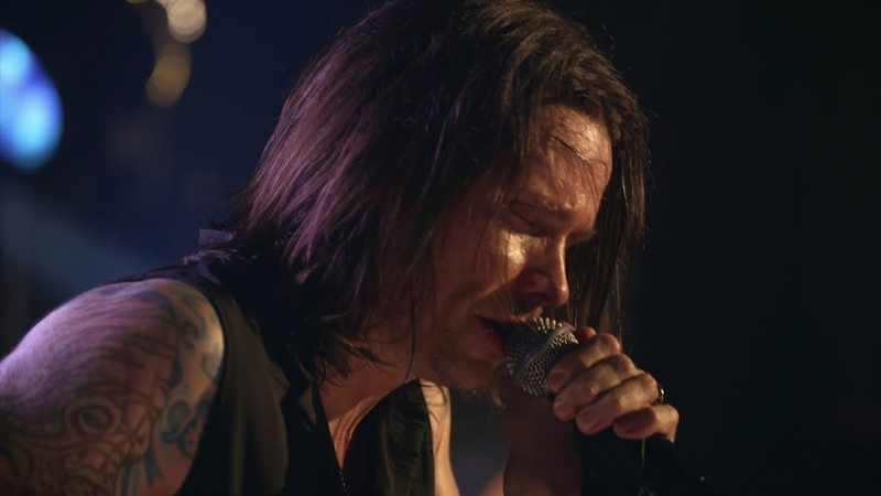 Slash ft. Myles Kennedy The Conspirators - Bent To Fly (Live At The Roxy)