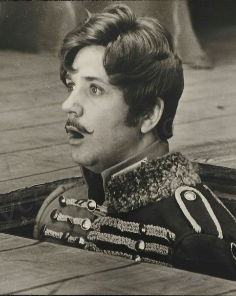 Леонид Куравлёв, сегодня его день рождения  Ваш любимый фильм с ним