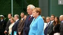 Merkel zittert zum dritten Mal Sorge um Gesundheitszustand