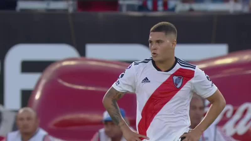 Гол Хуана Кинтеро в ворота «Расинга»