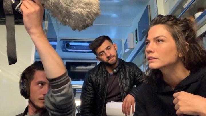"""Demet Özdemir on Instagram: """"İşte Sanem kafa ses (biraz kafalar karışmış ama olsun ) 🧸 Uğur enerjisiyle renk katmış :) (tanısanız çok seversiniz ) ..."""