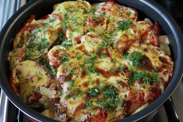 Кабачки, запеченные с помидорами под соусом