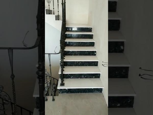 Каменная лестница из кварцевого агломерата Santa Margharita