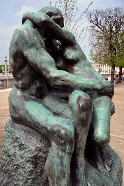 « одного шедевра». «Поцелуй», Огюст Роден 1882г. Мрамор. 181,5 × 112,5 см. Музей Родена Одна из самых узнаваемых скульптур Родена. Миллионы зрительских взглядов и растиражированных изображений