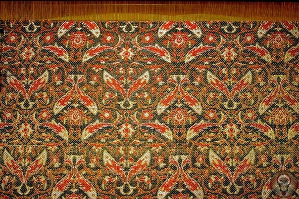 Зарибафи - златоткачество и вышивка золотом (Иран)