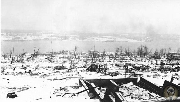 Галифакс самый мощный взрыв доядерной эпохи Тысячи жертв и полностью уничтоженный город результаты страшного взрыва, который произошел на корабле из-за суетливости и головотяпства. Двумя самыми