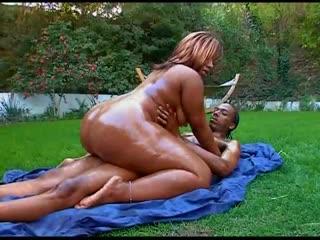 Wi (classic thick girl) porn - ebony big ass butts booty tits boobs bbw pawg curvy mature milf