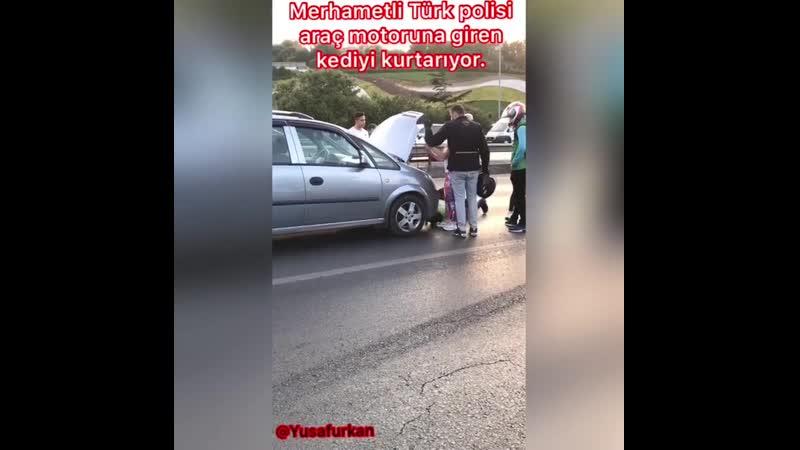 Polisimize helal olsun 🇹🇷🇹🇷🇹🇷