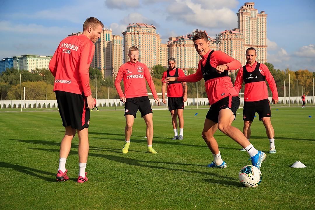 Тренировка «Спартака» накануне ответной встречи с «Туном»
