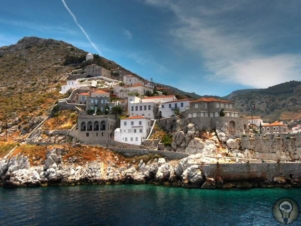 Эгейские острова 1. Тасос Тасос остров в северной части Эгейского моря, расположенный напротив берегов Восточной Македонии. Является греческой территорией и находится всего в 12 км от