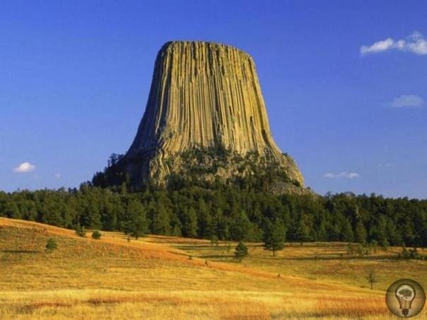Таинственная скала Америки Этот огромный базальтовый столп прямо посреди равнины со зловещим названием Башня Дьявола уже более ста лет привлекает в штат Вайоминг альпинистов со всего мира. Но