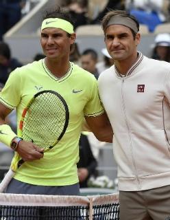 Федерер рубится с Надалем на Уимблдоне. На что зарядить в теннисной классике?