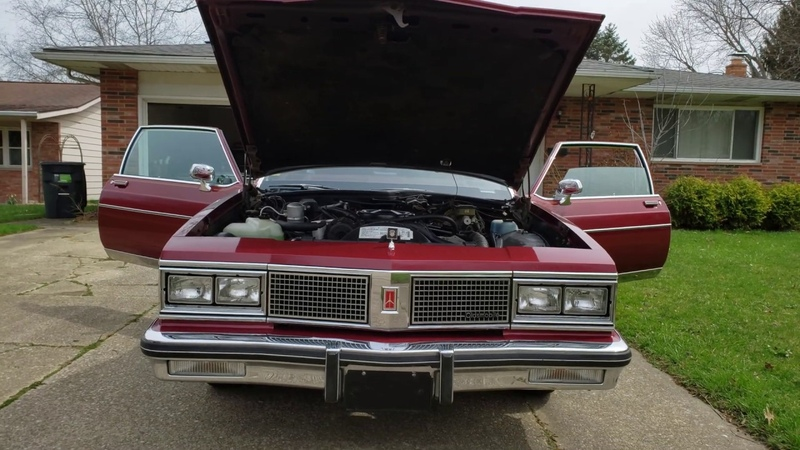 1984 Oldsmobile 98 Regency 5.0L 307 C.I Walk around