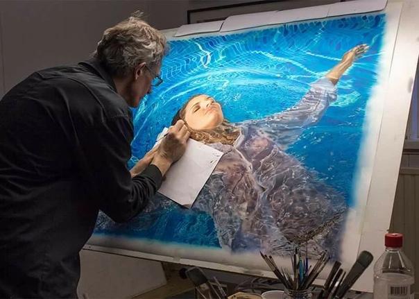 Художник Йоханнес Вессмарк (Johannes Wessmar родом из Швеции, где в настоящее время и проживает продолжая творить свои невероятно реалистичные картины. За свои 58 лет жизни талантливый мастер