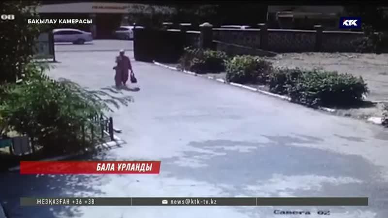 Таразда перзентханадан жаңа туған сәбиді ұрлап бара жатқан келіншектің қылмысы камераға түсіп қалған