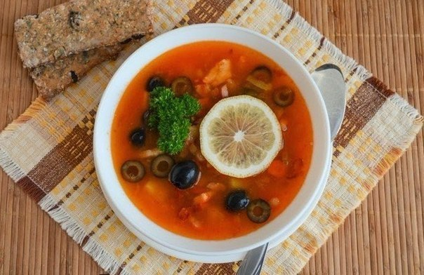 Рецепты вкусных горячих первых блюд!
