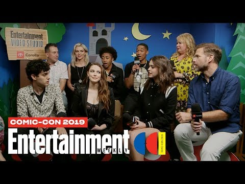 'Legacies' Star Danielle Rose Russell Cast Join Us LIVE | SDCC 2019 | Entertainment Weekly
