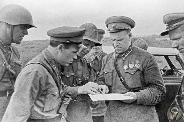 перейти границу у реки В 1931 году северо-восток Китая оккупировала Япония. Через год здесь появилось прояпонское государство Маньчжоу-го плацдарм для нападения на Монголию, Китай, СССР.