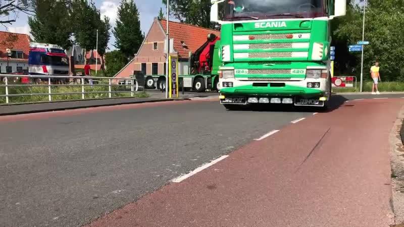 Scania 124G 420 Gebr. Poppes