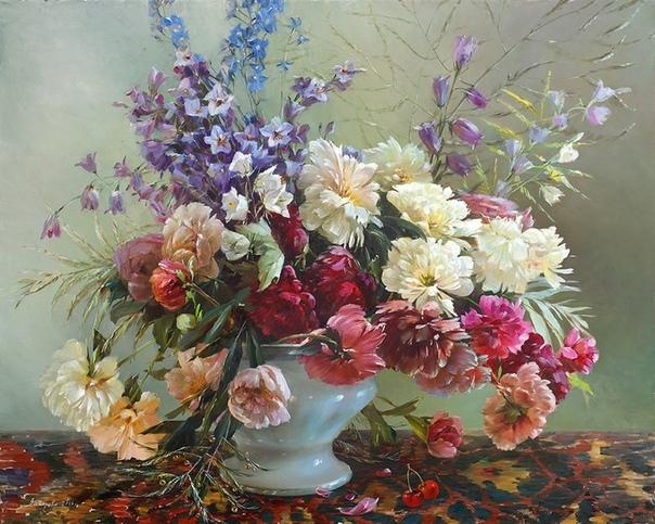 ХУДОЖНИК МАРИНА ЗАХАРОВА Захарова Марина родилась в Костроме в 1965 г. Начальное художественное образование получила в художественной школе им. Куприянова (г.Кострома). Окончила Ярославское