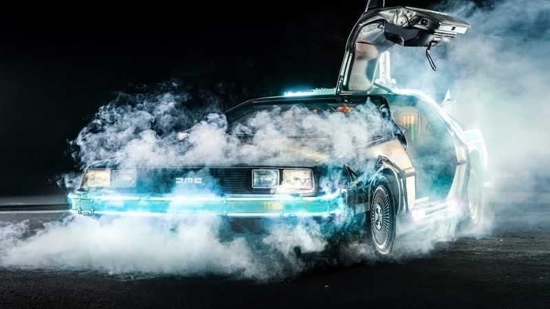 DeLorean из Назад в будущее - самая известная кинотачка за 10 млн рублей! Дорог