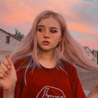 Девочка незабудка