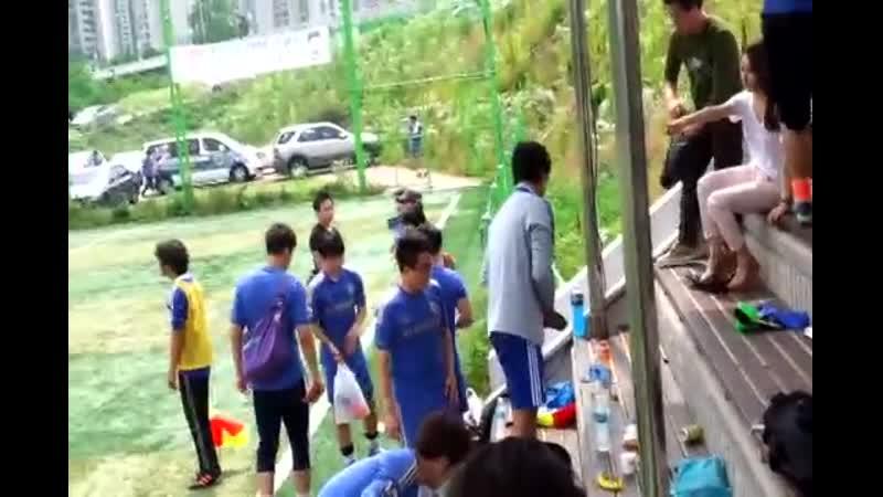 2013.06.23 Kim Hyun Joong at Football Match -- 김현중 뒷정리