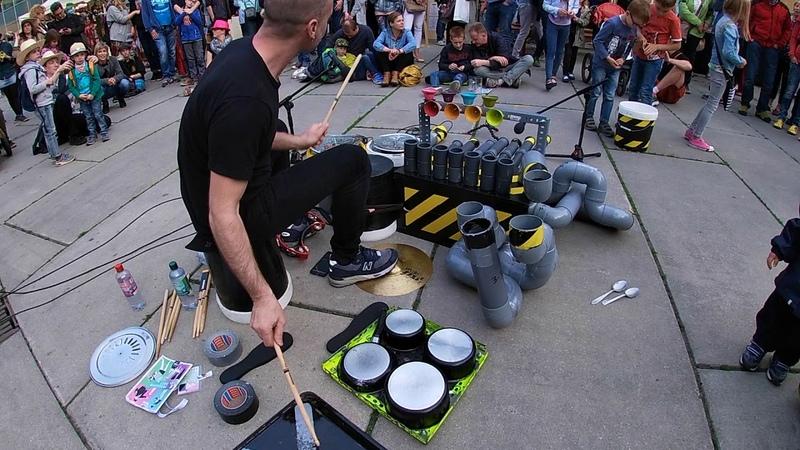 El LOREN / HutFestival 2019 in Chemnitz, Germany / Street Performer
