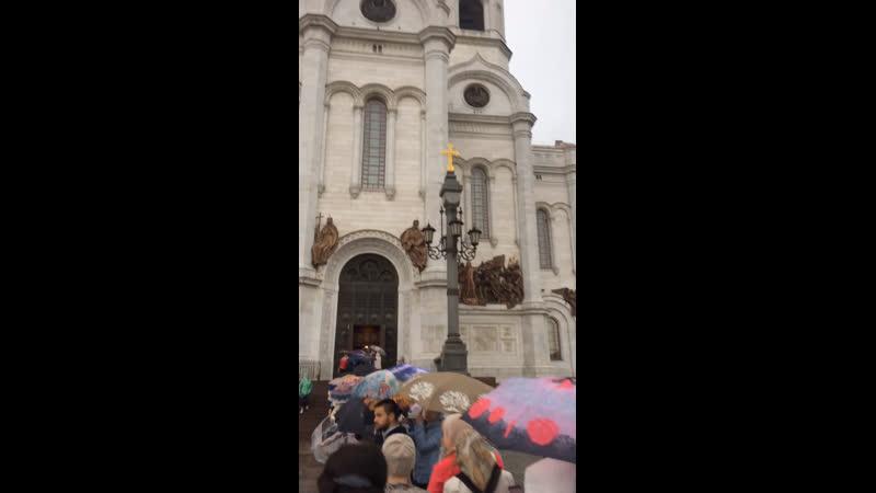 Пётр и Феврония русские православные святые. Мы шли поклонится мощам. Мощи привезены из Мурома
