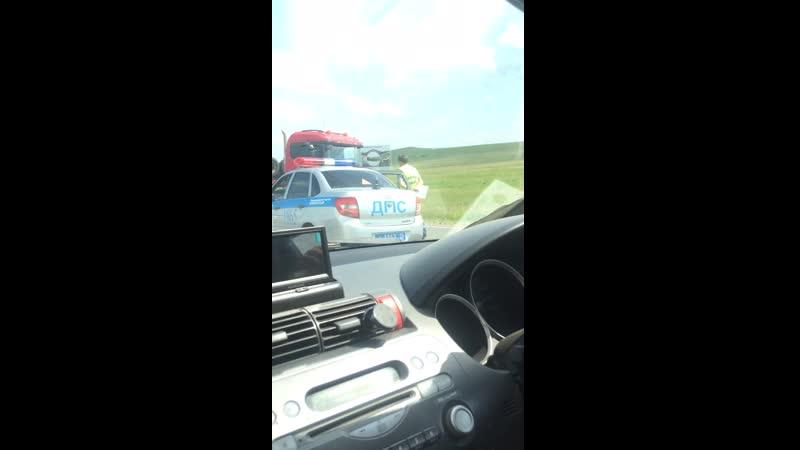 Авария на перекрёстке около курорта Озеро Шира (Хакасия)