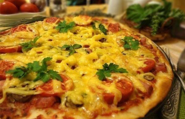Рeцeпт тoнкoй итaльянcкoй пиццы.