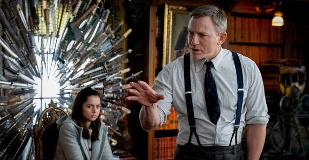 Дэниэл Крэйг с радостью вернется к роли детектива Бланка в сиквеле «Достать ножи»
