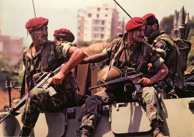 Коммандос ливанской армии (христиане), во время боёв с сирийцами, Бейрут, 1989 год.