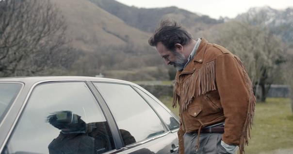 Французский фильм омужчине, влюбленном всвою кожаную куртку. Интервью сисполнителем главной роли Жаном Дюжарденом