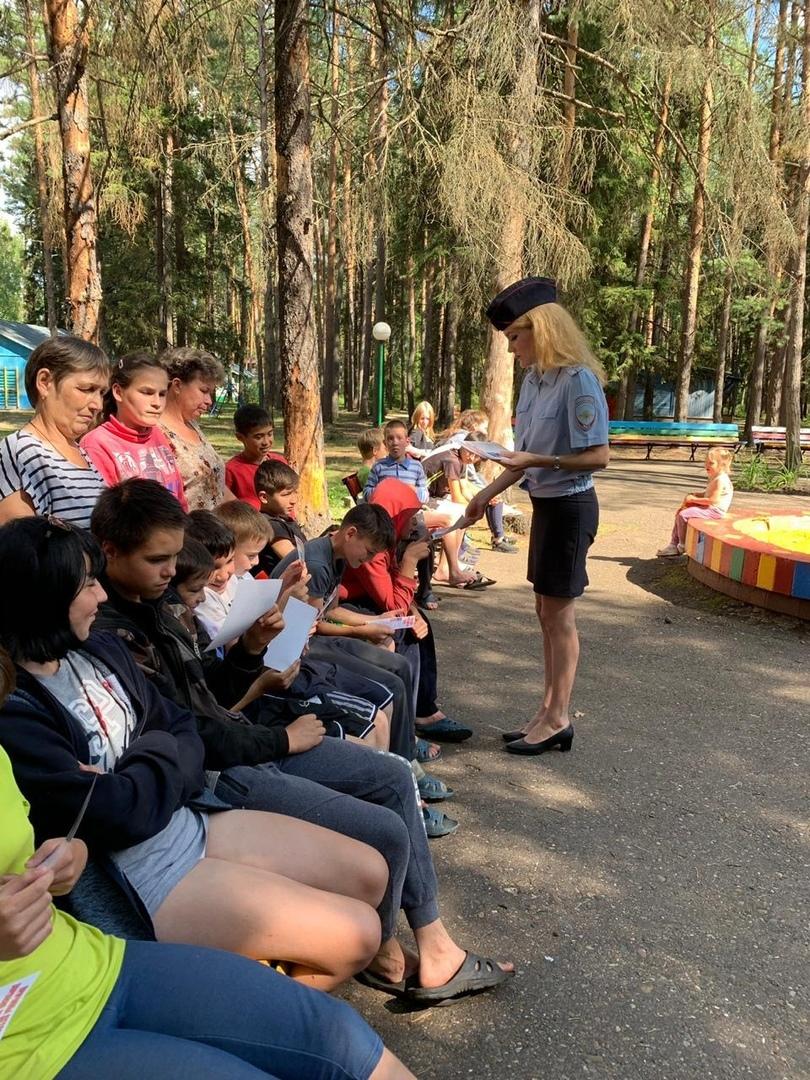Правоохранители Волжска встретились с воспитанниками центра для детей сирот и детей, оставшихся без попечения родителей